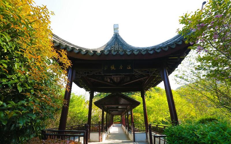 Beijing Hiking– Badachu to Fragrant Hill