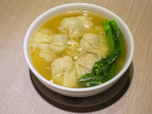 Chinese dishes, popular Chinese food, wontons