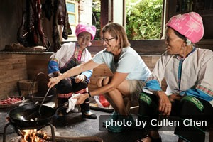 should the experience of china silence A must on any australia travel itinerary – the sounds of silence dinner is the best  loved outback experience.