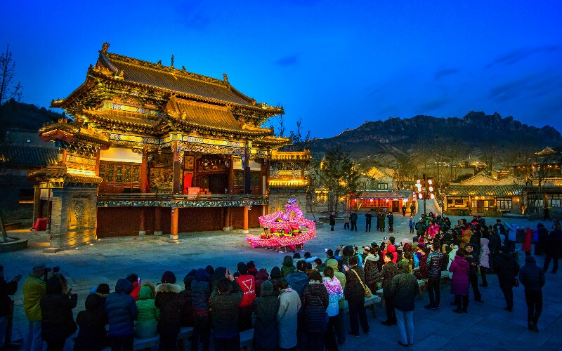 Chinese Dragon Dances, History and Styles