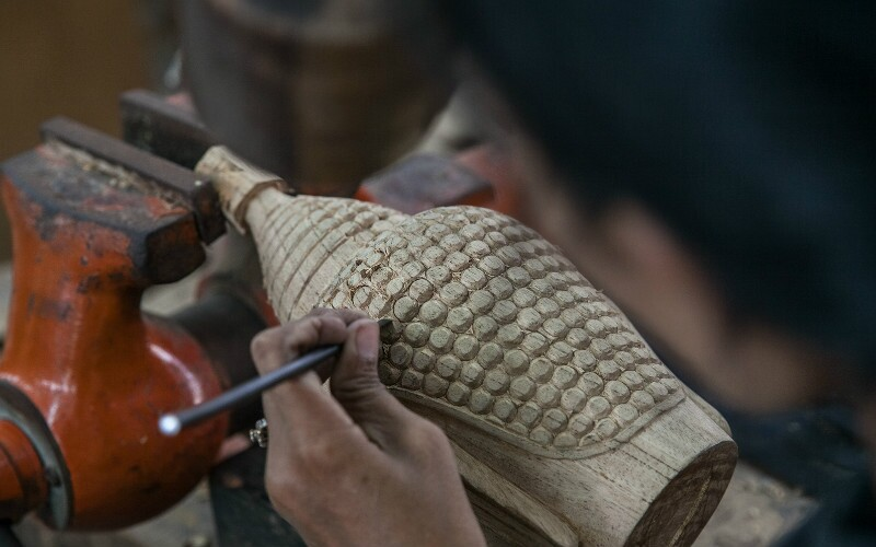 Woodcarvers Street - Amazing Carvings by Guilin Artisans