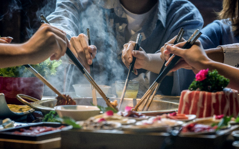 The Differences Between Tourist Restaurants and Local Restaurants