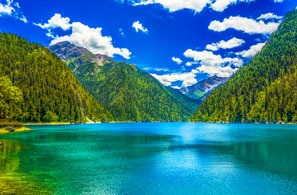 How to Plan a Jiuzhaigou Tour from Chengdu