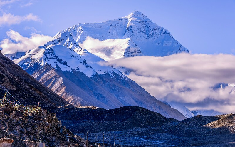Mount Everest, China— How to Visit It