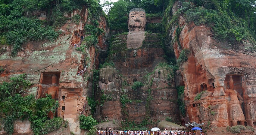Chengdu day trip to the leshan giant buddha