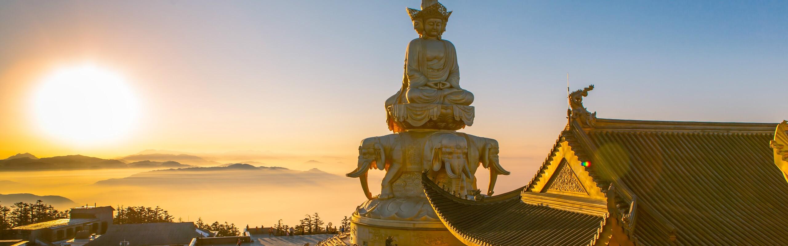 5-Day Chengdu, Leshan and Mount. Emei Tour