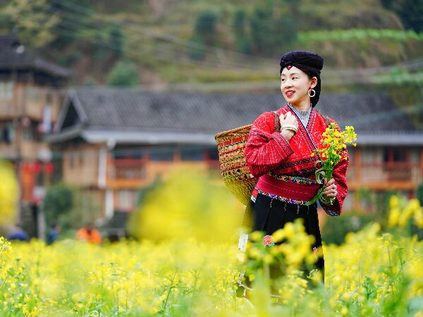 Spring in China: Top Places to Go, Weather, Travel Tips