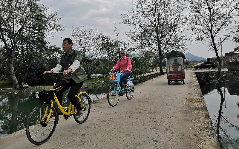 Chengdu to Huanglongxi Ancient Town Biking