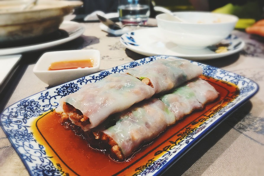 most popular chinese dishes:Steamed Vermicelli Rolls