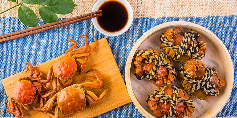 Mid-Autumn Festival Food (7 Popular Dishes)