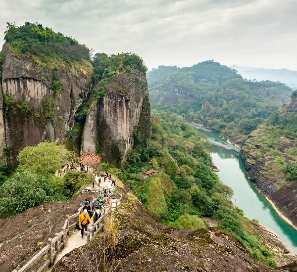 5-Day Xiamen, Tulou and Wuyi Mountain Tour
