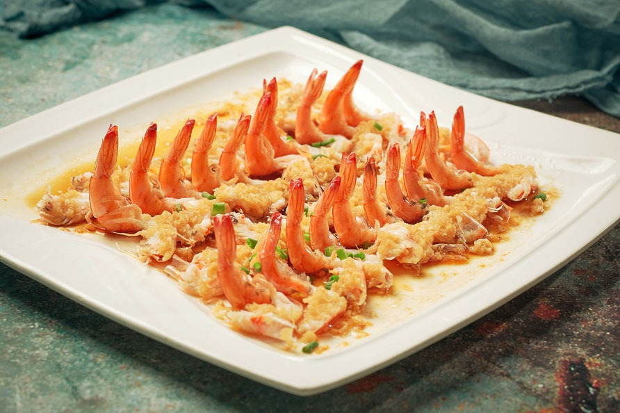 popular chinese dishes: Shrimp with Vermicelli and Garlic