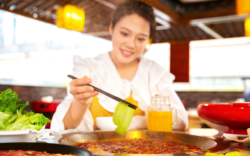The Top 10 Differences Between Chinese and Western Eating