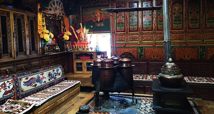the living room of a Tibetan family