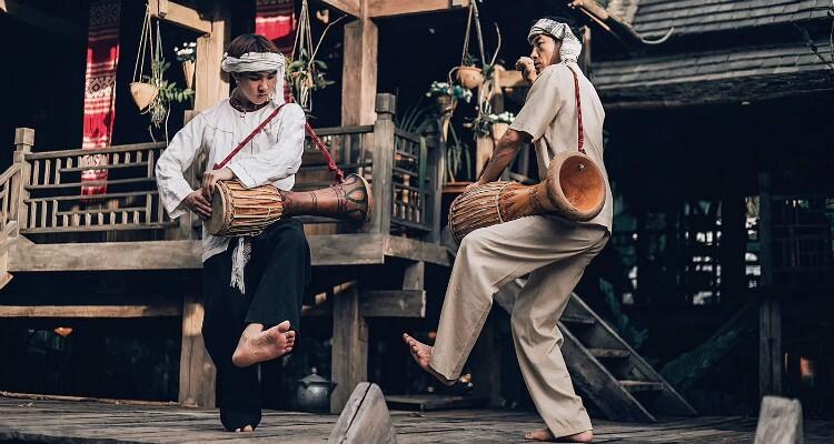 dancing of Dai Nationality