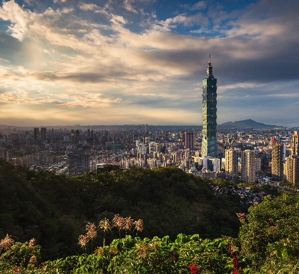 7-Day Taipei, Jiufen, Taichung, Sun moon lake, Puli, Alishan, Chiayi and Taipei Tour