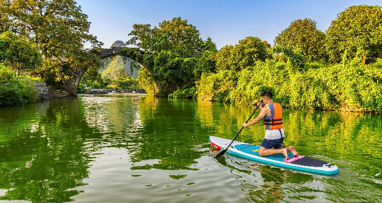 Kayaking in Guilin