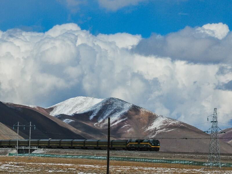 The Qinghai-Tibet Railway —Highest Railroad in the World