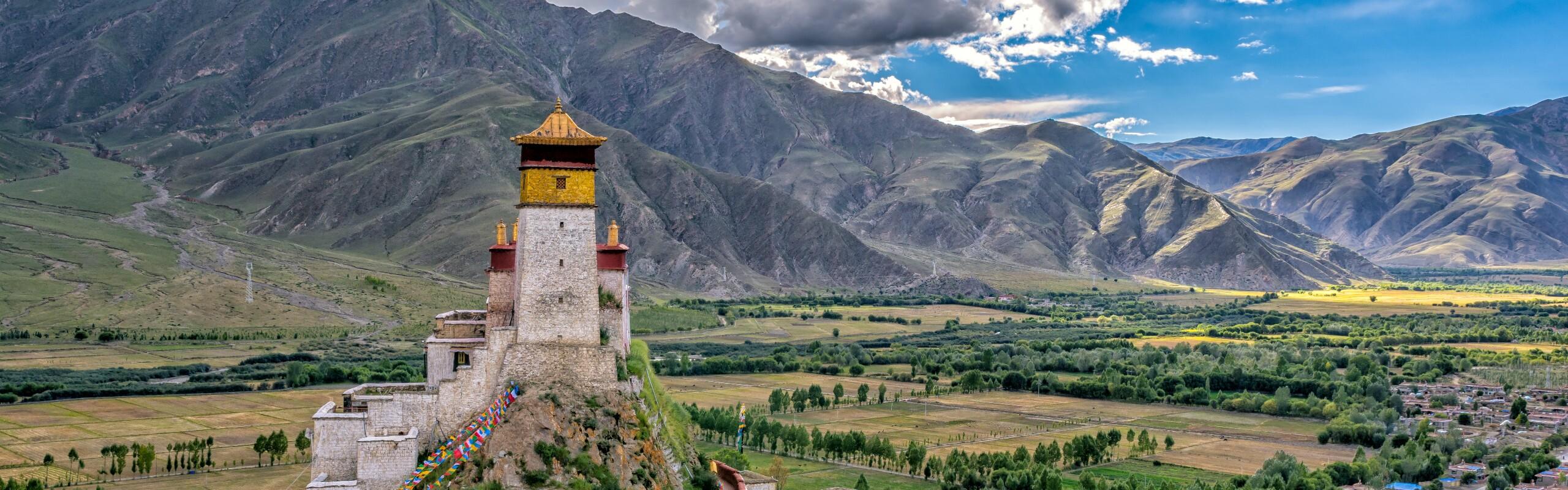 8-Day Tibet Tour including Tsedang, Shigatse, and Lhasa