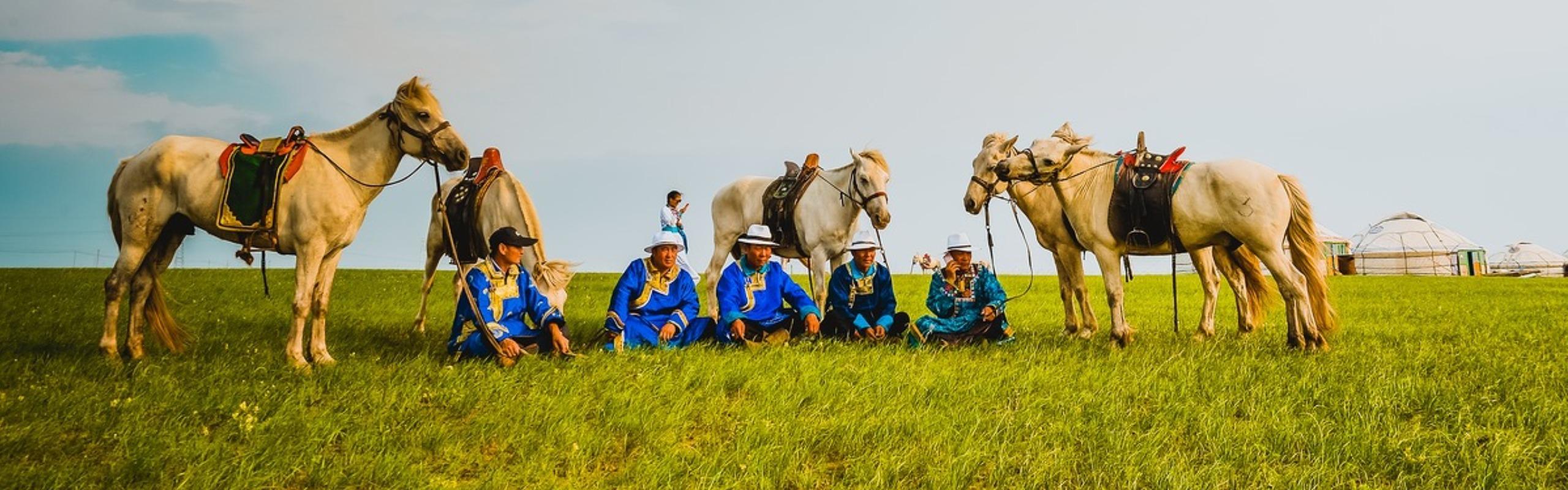 4-Day Xilingol Inner Mongolia Grassland Life Tour