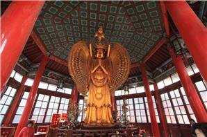 grand xiangguo monastery