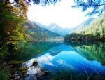 Scenic Tour to Jiuzhaigou and Huanglong