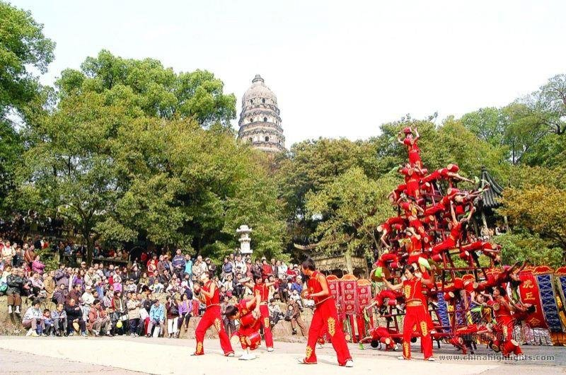 Huqiu Temple Fair