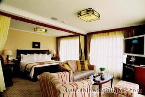 shangrila-suite of Victoria Lianna