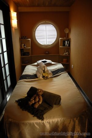 Spa Treatment Room of Yangzi Explorer